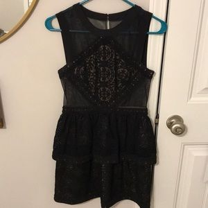 BCBGMAXAZRIA Joselyn Dress size 4
